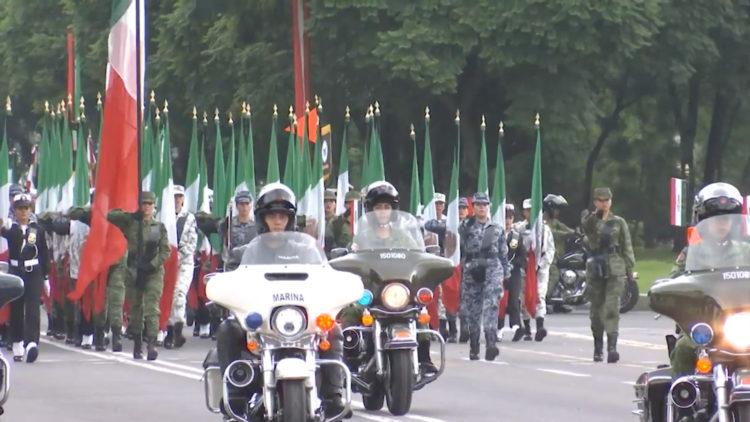 desfilar militar septiembre AMLO