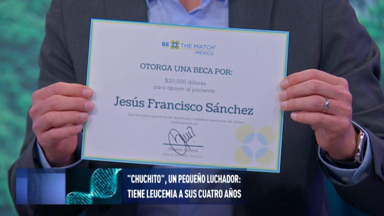 Donativo de 20 mil dólares para Chuchito
