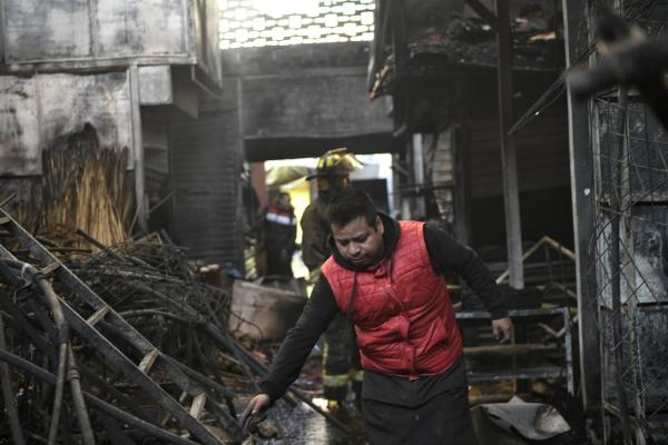 Más de mil 200 establecimientos afectados por el incendio en La Merced, asegura locataria